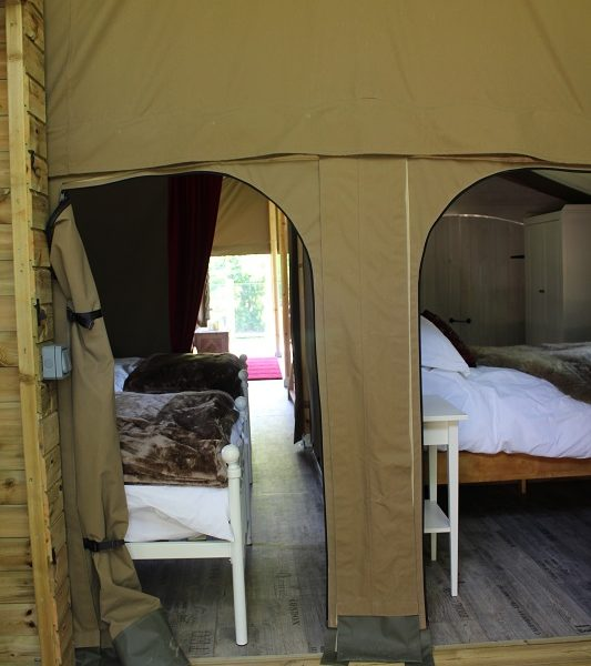 Access to the bedrooms from the en suite